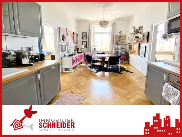IMMOBILIEN SCHNEIDER – Schwanthaler Höhe – Wunderschöne 2 Zi. AB-Whg mit Wohnküche und Parkett