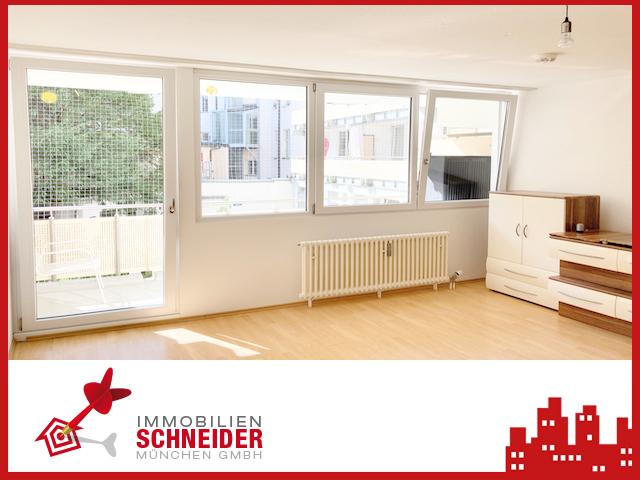 IMMOBILIEN SCHNEIDER – MAXVORSTADT 1 Zimmer Wohnung mit Balkon