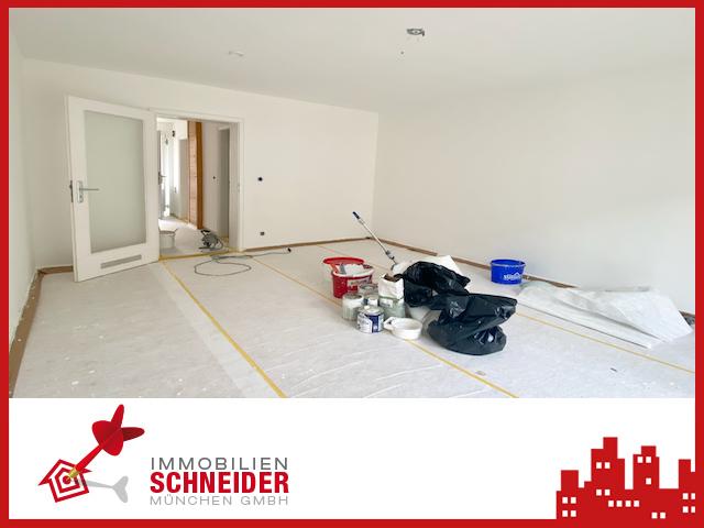IMMOBILIEN SCHNEIDER – SCHWABING – Helles 1 Zimmer Apartment mit separater Küche und Loggia